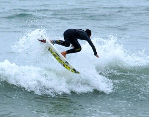 Luca Aza progressive surfing